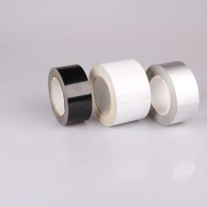 Nastri adesivi con protezione UV